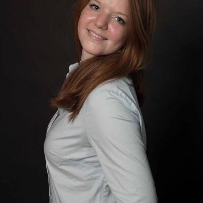 Kelly zoekt een Appartement / Huurwoning / Kamer / Studio / Woonboot in Amsterdam