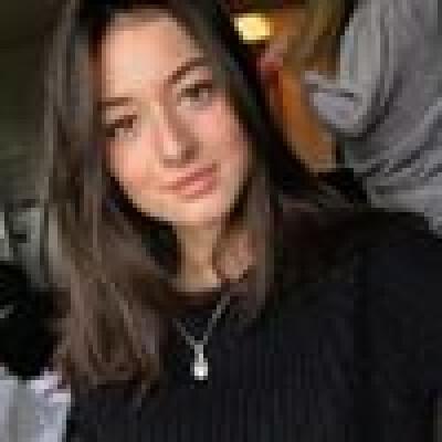 Michelle zoekt een Kamer / Appartement / Huurwoning in Amsterdam
