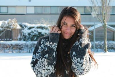 Vivianna zoekt een Appartement/Huurwoning/Kamer/Studio/Woonboot in Amsterdam