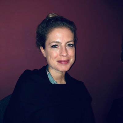 Mirjam zoekt een Appartement / Huurwoning / Studio / Woonboot in Amsterdam