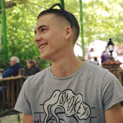 Stefanos zoekt een Appartement/Huurwoning/Studio/Woonboot in Amsterdam