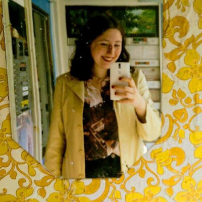 Minne zoekt een Kamer / Studio in Amsterdam