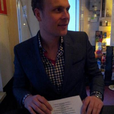 René zoekt een Appartement / Huurwoning / Studio / Woonboot in Amsterdam