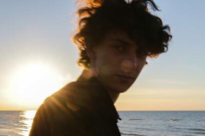 Julian zoekt een Appartement/Huurwoning/Kamer/Studio/Woonboot in Amsterdam