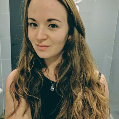Yael zoekt een Appartement / Huurwoning / Kamer / Studio in Amsterdam