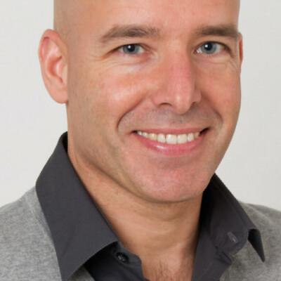Rinaldo zoekt een Appartement / Huurwoning / Kamer / Studio / Woonboot in Amsterdam
